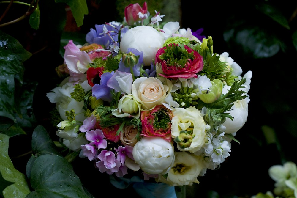 april-bridal-bouquet-above
