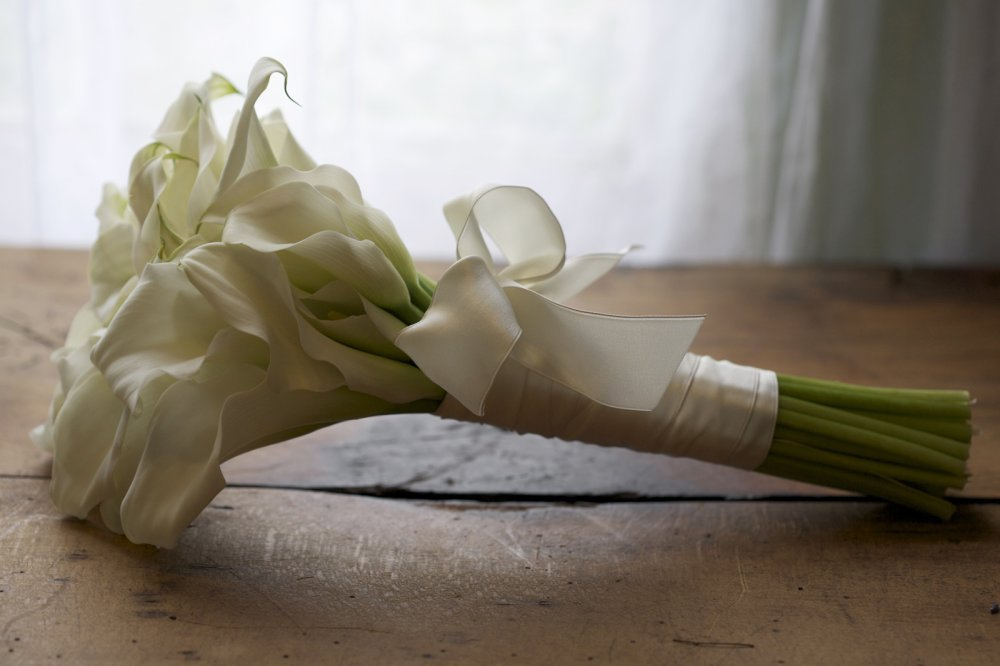 calla-lily-wedding-bouquet